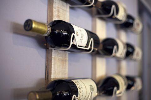 wine-rack-438443_1920
